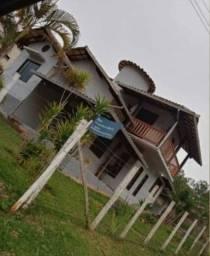 Título do anúncio: Vende-se casa em Itabirito Mg R$400.000,00