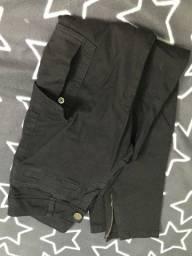 Título do anúncio: Calça preta com bolsos linda 30,00 Desapego