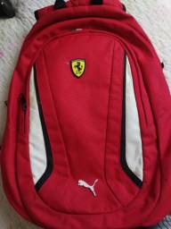 Mochila Ferrari original importada