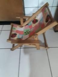 Cadeira infantil semi nova zap 67)99330 7078
