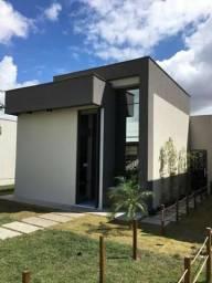 Casa de 2/4 com 2 Suítes - Pé Direito Ampliado - Condomínio Fechado - Papagaio