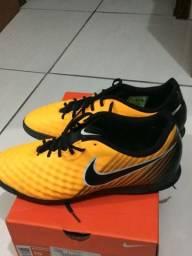 Chuteira futsal Nike 42 original magistax