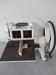 Máquina de cortar tiras em couro