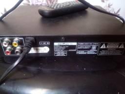 Torro DVD Britânia com entrada USB