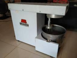 Batedeira industrial Braesi - 12 litros