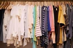 Lotes de roupas novas e usadas