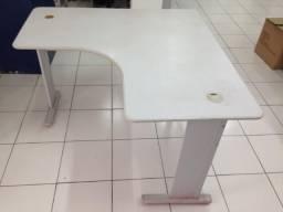 Mesas de escritorio , 1,5 m x 1,5 m , otimo estado