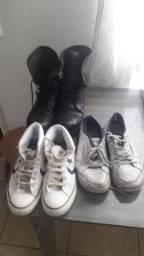 Combo de calçados.