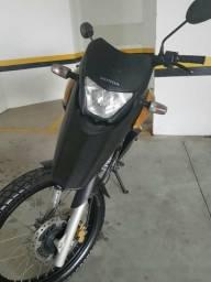 Moto Honda XRE 300 ano 1011 - 2011
