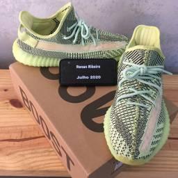 Adidas yeezy boost 350 V2 YEEZYREL. Size 41 TAG BR ORIGINAL