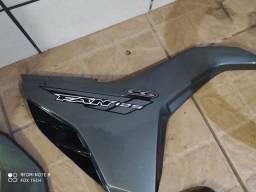 Rodas  raiadas /quadro elástico/tampa lateral/ asas.
