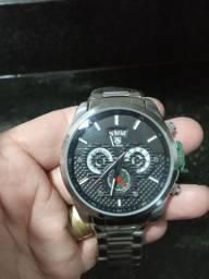 Relógio muito top...