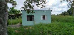 Alugo casa no sítio