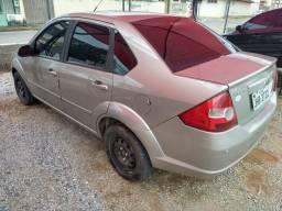 Fiesta sedan 1.6 completo - Ar gelando - 2010