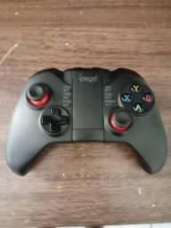 Gamepad Ipega para celular via bluetooth