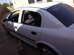 Astra 1.8 álcool sedan - 2001