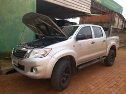 Hilux CD Diesel Manual 4X4 - 2012/2013 - 2013