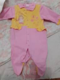 Lotinho d roupa pra menina 90