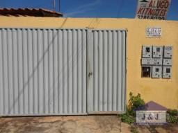 Casa / kitinete - Pq Flamboyant - Aparecida de Goiânia