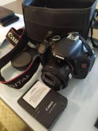 Vendo câmera Canon Rebel T3I
