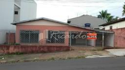 Título do anúncio: Casa com 3 quartos - Bairro Centro em Arapongas