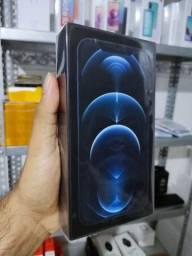 Título do anúncio: iPhone 12 PRO MAX 128gb *Lacrado/Cartão até 18x/Recebo seu iPhone ou Xiaomi