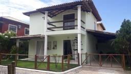 Casa de condomínio para venda tem 160 metros quadrados com 3 quartos, dependência completa