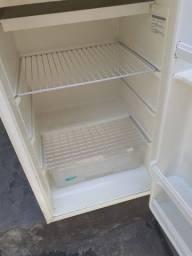 Título do anúncio: Mini geladeira