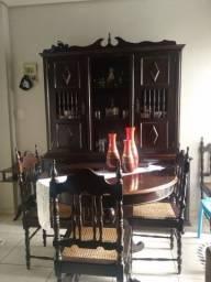 Título do anúncio: Vendo jogo de mesa e cadeira e armário