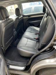 Vendo Carro Kia Sorento: Completo, Motor V6, Automático, 7 Lugares