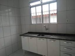 Título do anúncio: Alugo casa R$700,00