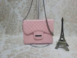 Título do anúncio: Bolsa de mão rosa com alça de corrente