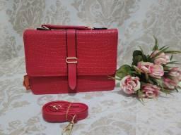 Título do anúncio: Bolsa de mão vermelho