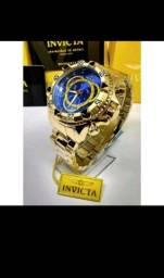 Título do anúncio: Relógio Masculino Invicta Excursion Grande e Pesado Dourado Com Azul