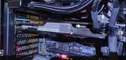 Placa de Video AMD Radeon HD7970 Gigabyte GV-R797OC-3GD