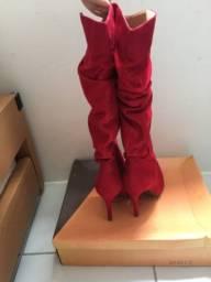 Título do anúncio: Bota de salto vermelha