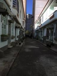 Título do anúncio: R$ 1.700,00 Ótima casa de vila 2 quartos em frente a UERJ