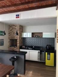 Casa de condomínio para venda possui 182 metros quadrados com 4 quartos