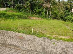 Título do anúncio: Terreno - Condomínio Fechado  -  Agua Verde