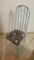 Título do anúncio: Estou vendendo 6 cadeiras