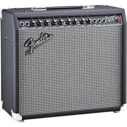 Título do anúncio: Amplificador Fender 65w