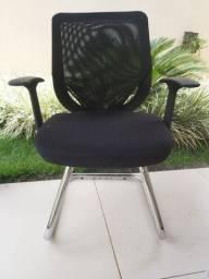 Cadeira De Escritório Base Fixa cromado-Preto
