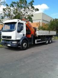 Caminhão Volvo 270 6X4 + Munck Madal Palfinger
