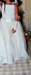 Vestido de daminha veste até 12 anos