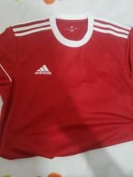 """Camisa Adidas, Original. Tamanho. """"M"""""""
