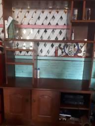 Vendo uma estante de madeira 500