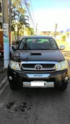 Toyota - Hilux turbo 3.0 4x4 automático. Completo de tudo! Únco Dono! 2011/11. Campos - 2011
