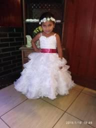 Vestido branco daminha