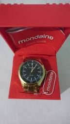 Relógio Analógico Masculino Dourado Mondaine