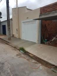 Kitinete novinha aluga-se R$ 580,00 Bairro Castelo Branco